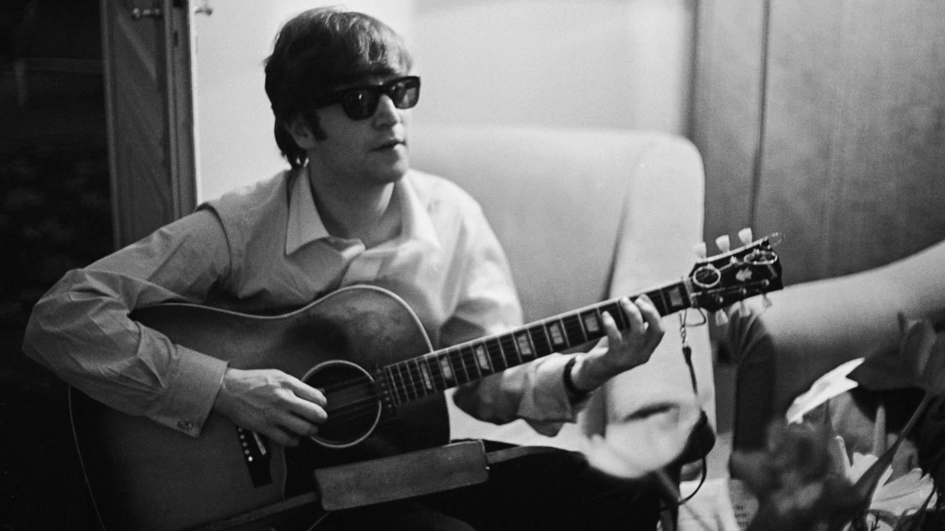 Вдова Джона Леннона выпустила кавер-версию на песню Imagine | Korrespondent.net