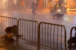 Мощный тайфун «Нисат» обрушился на Тайвань