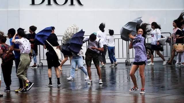 Метеорологи Приморья предупредили об опасности тайфуна «Кроса»