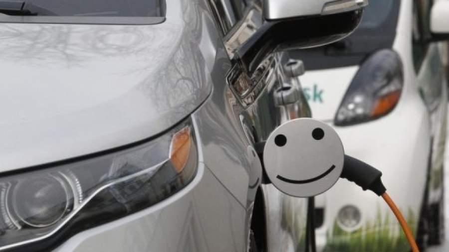 У Франківську побільшає електрозаправок (відеосюжет)