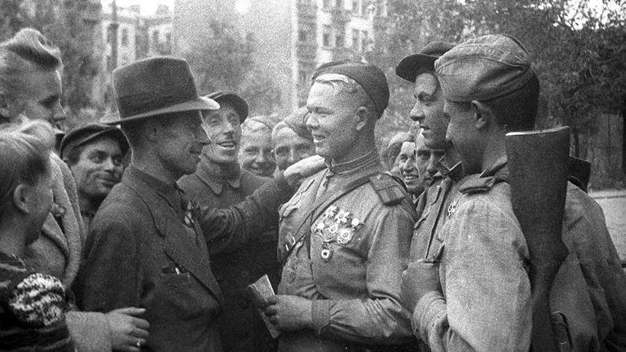 МинобороныРФ обнародовало уникальные документы обосвобождении Польши отнацистов