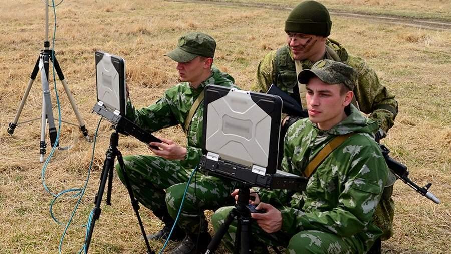 Российскую армию обеспечат военнослужащими ноутбуками ссистемой самоликвидации
