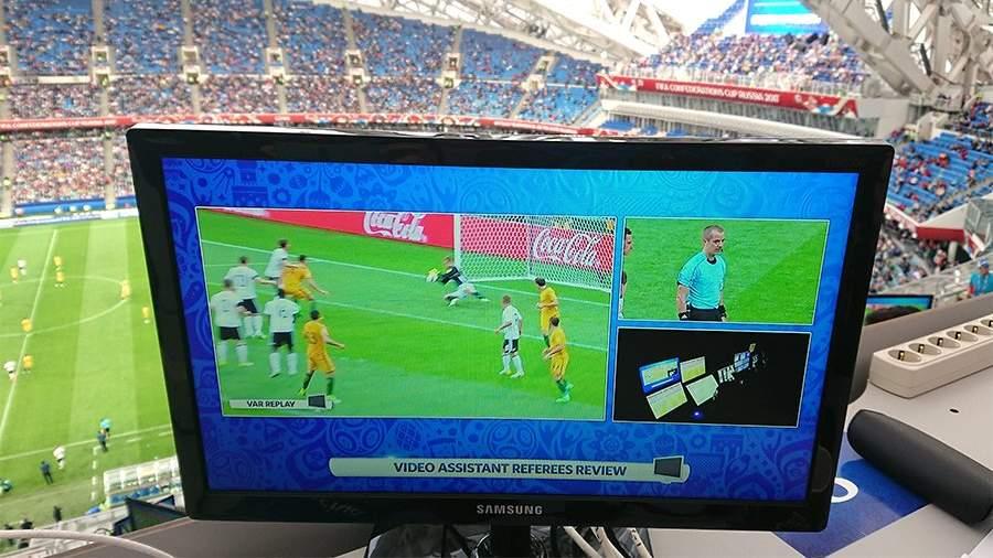 В русской футбольной премьер-лиге введут видеоповторы