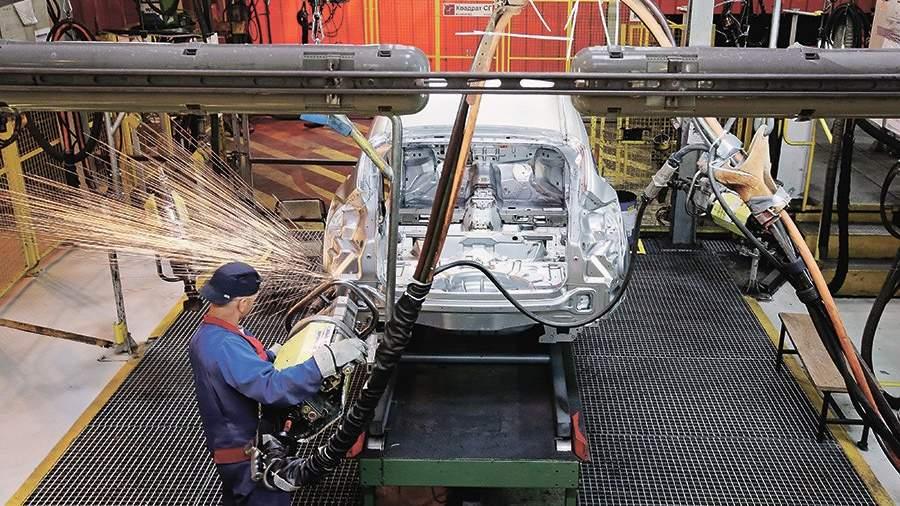 Государство выделит наподдержку автопрома 455 млрд руб.