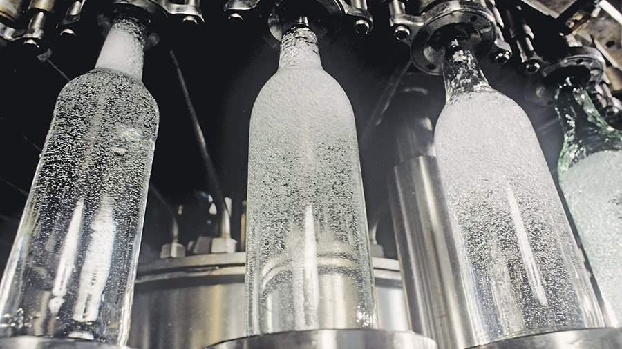 Сенаторы посоветовали понизить крепость водки до37,5% из-за ГОСТа