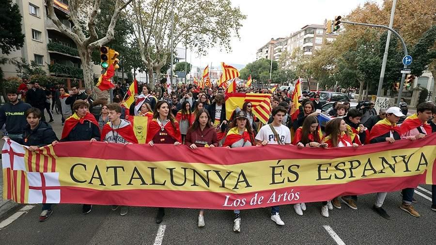 Шесть экс-министров Каталонии освободили под залог