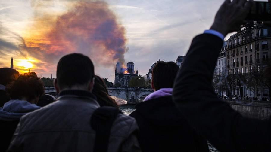 Пожар Европы: что символизирует сгоревший собор Парижской Богоматери