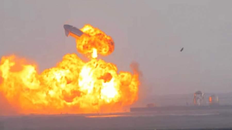 Взлететь на воздух: причиной взрыва Starship могла быть трещина