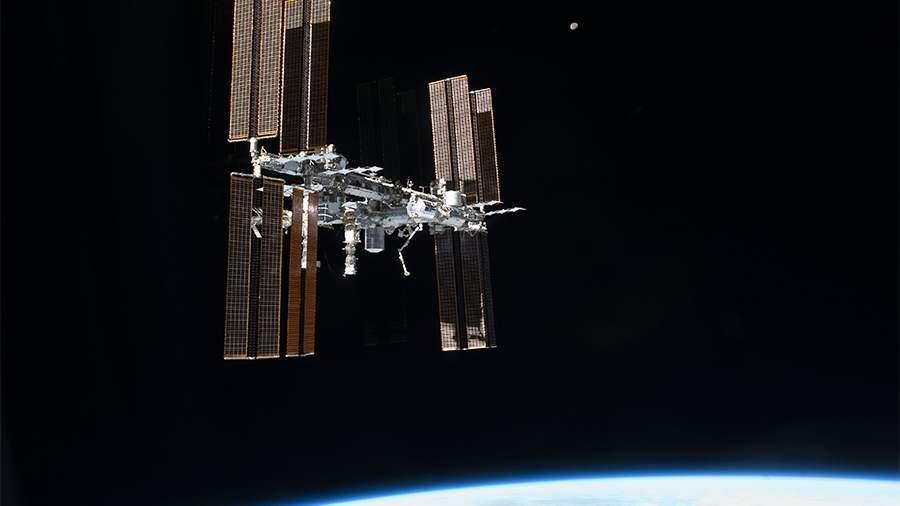 Продлили бремя: МКС будет работать «до упора»