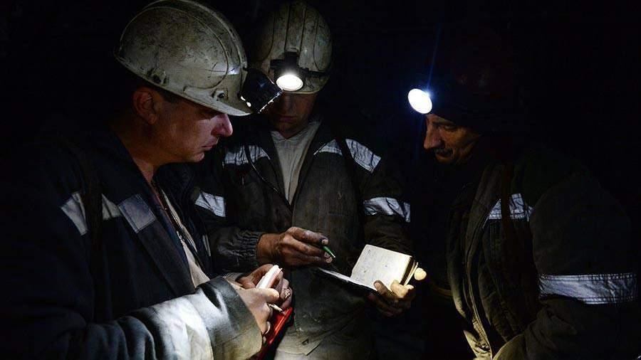 Перед шахтерами вКузбассе погашены 93,8 млн руб. долга по заработной плате