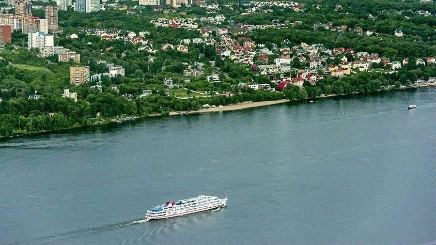 Вбассейне Волги находится от2,5 тыс. затонувших плавсредств— Д. Медведев