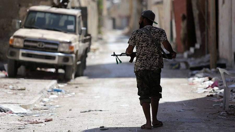 Ливийский маршал прилетит в столицуРФ навстречу сЛавровым