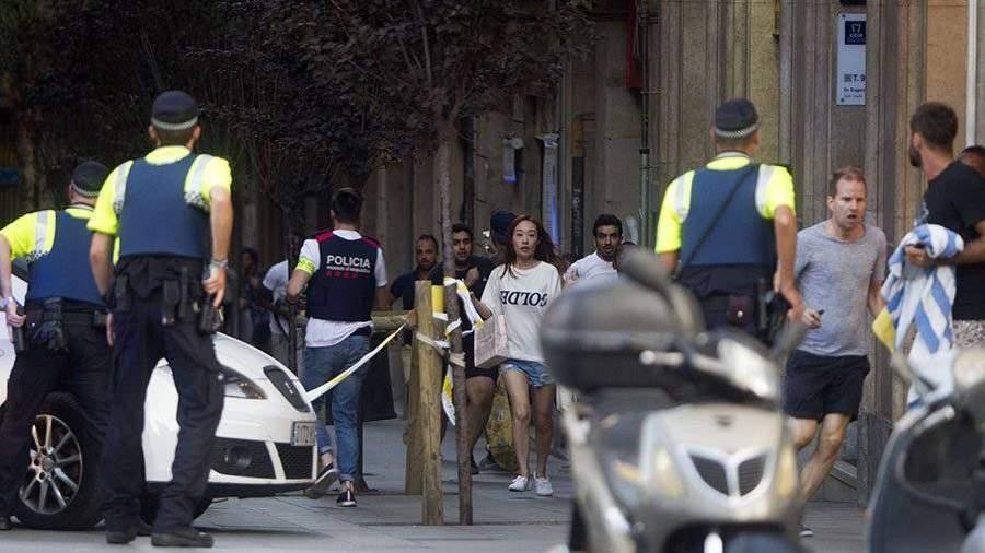 МВД Каталонии: Нападение наКамбрильс связано стерактом вБарселоне