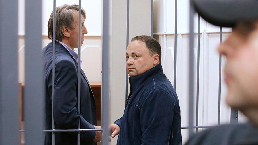 Потерпевшая сторона просит закрыть дело арестованного главы города Владивостока
