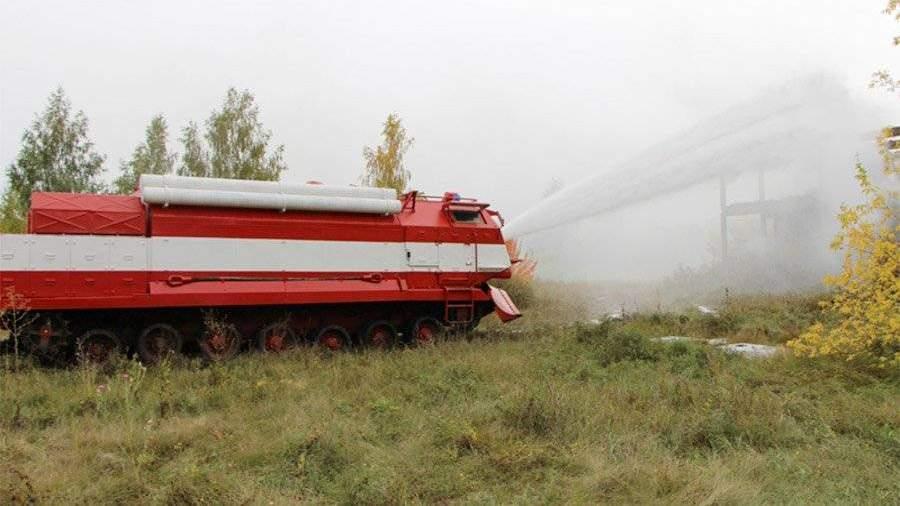 Пожарные машины, собранные набазе танков вОмске, отправили вМинобороныРФ