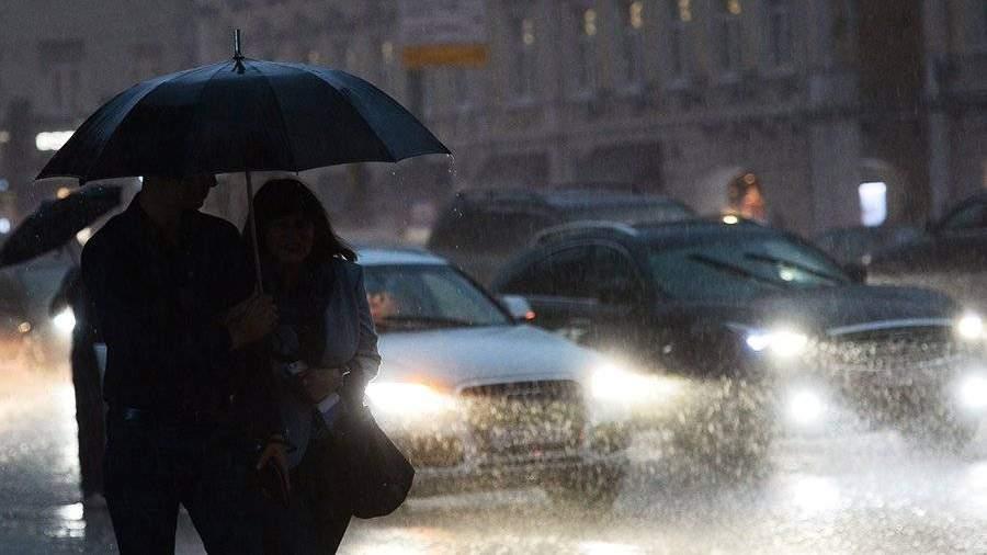 Синоптик предупредил, что ливни могут затопить Ростов иСочи