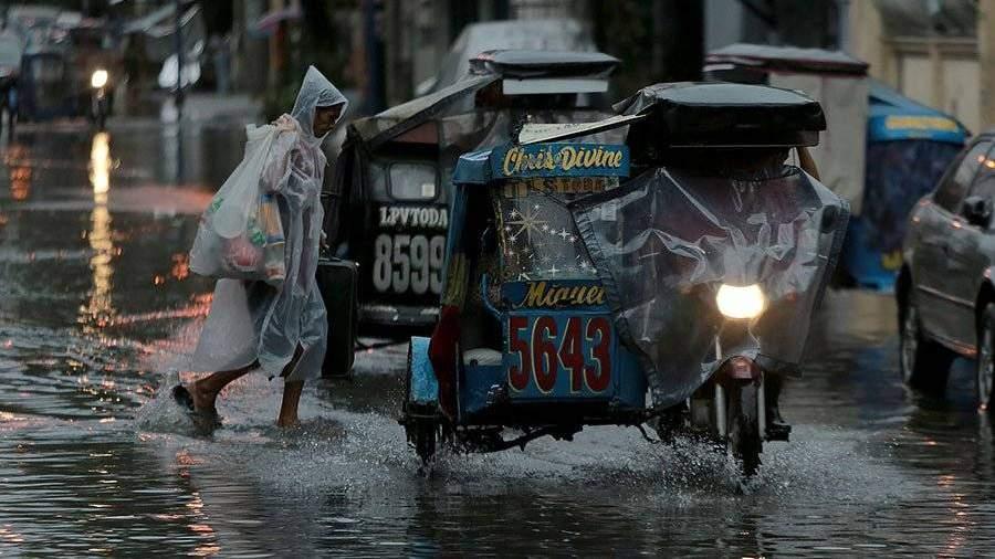 В «Поднебесной» отливней пострадали неменее ста тыс. человек