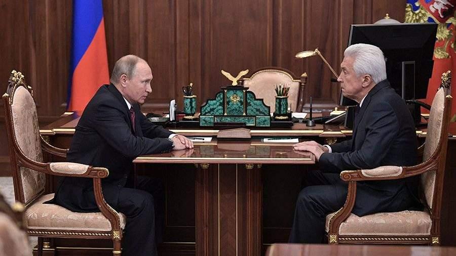 Временно исполняющим обязанности руководителя  Дагестана назначен Владимир Васильев