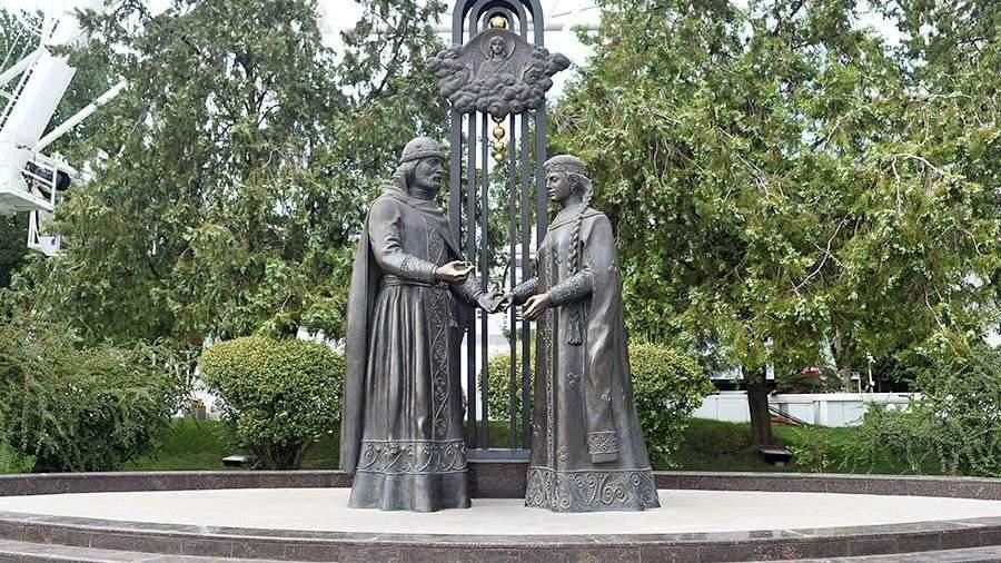 Монумент святым благоверным Петру иФевронии Муромским установят Большой Сухаревской площади