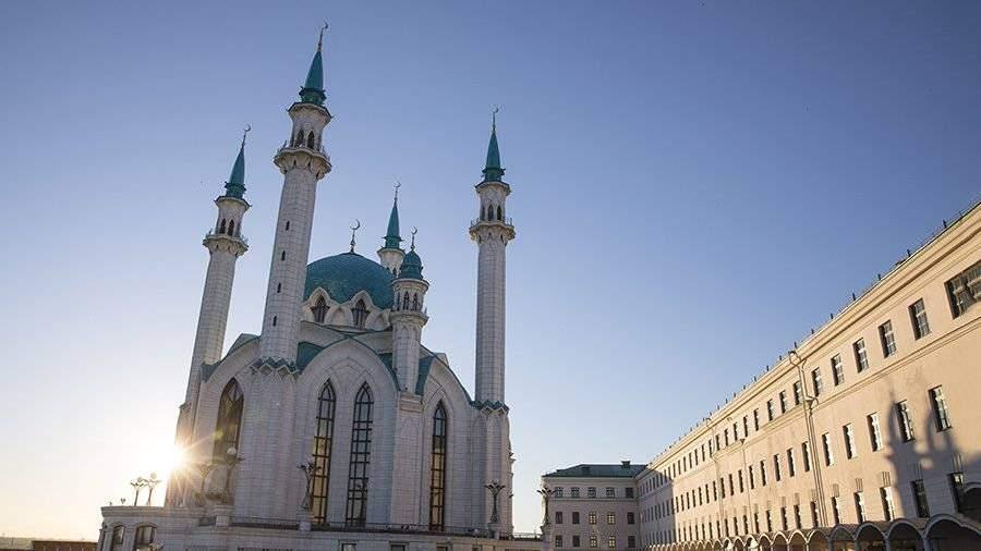 Нашколу вКазани подали всуд запринудительное обучение татарскому языку