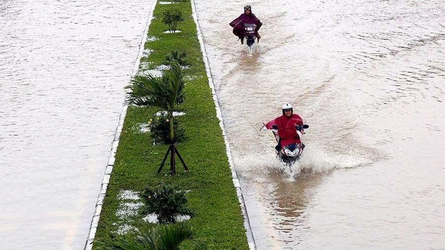 Российские туристы сообщили о разрушениях на курорте Нячанг во Вьетнаме