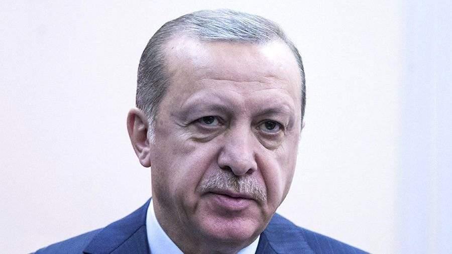 Эрдоган обвинил США вфинансовой помощи ИГ