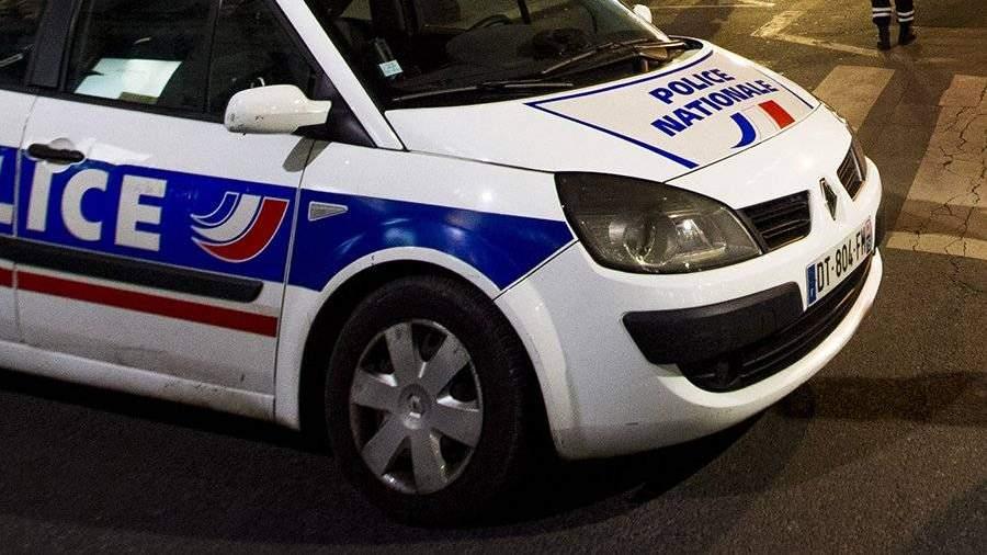 Французский полицейский убил 3-х человек, а после этого исебя
