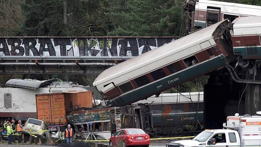 Предварительной первопричиной железнодорожной трагедии вВашингтоне стало превышение скорости