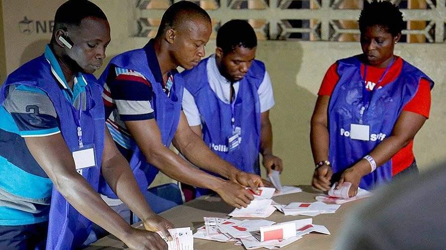 Экс-футболист Джордж Веа объявлен избранным президентом Либерии