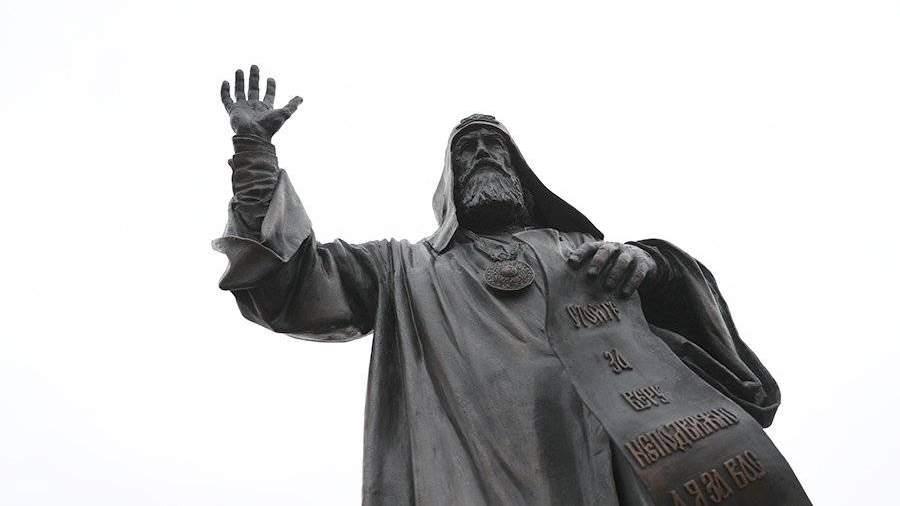 Монументы патриархам установят вцентре столицы до 2019г