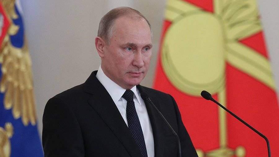 Путин подписал закон обужесточении наказания за«телефонный терроризм»