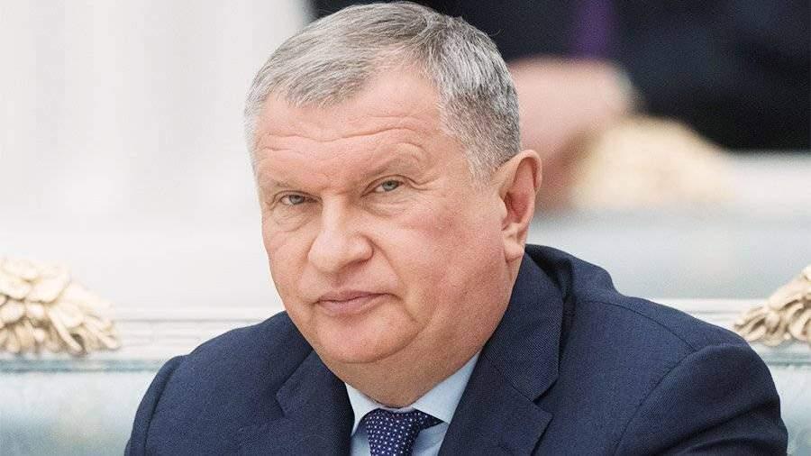 Путин навстрече сбизнесом напомнил Сечину иЕвтушенкову опереговорах
