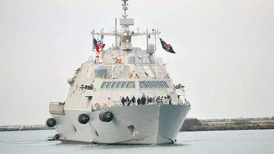 Самый новый корабль ВМС США застрял вольдах вовремя первого похода