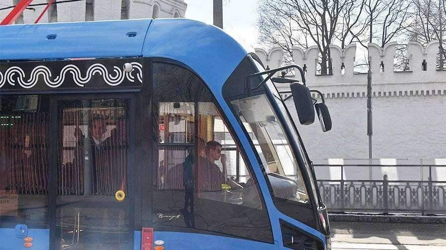 В столице России убрали турникеты вавтобусах с«гармошкой» на72 маршрутах