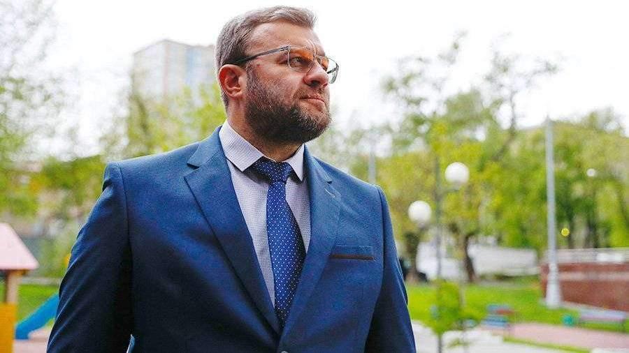 Пореченков поддержал закон против рекламы услуг экстрасенсов