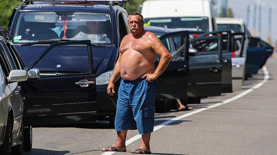 В Киеве предложили легализовать перевозку пассажиров к границе с Крымом