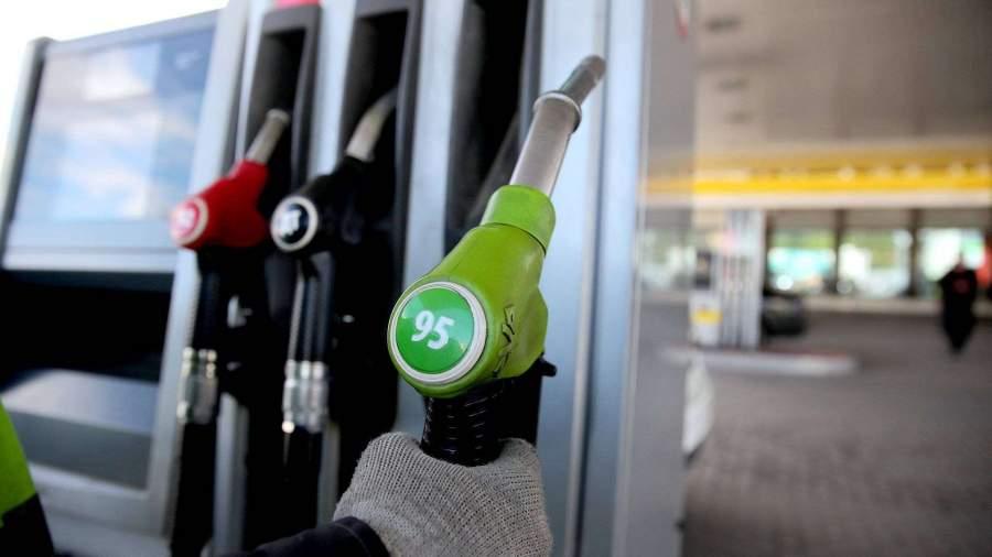 Назван самый популярный в России бензин | Новости | Известия | 16.09.2018