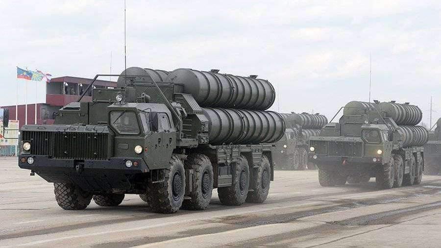 Россия обсуждает поставки С-400 с Саудовской Аравией и Катаром