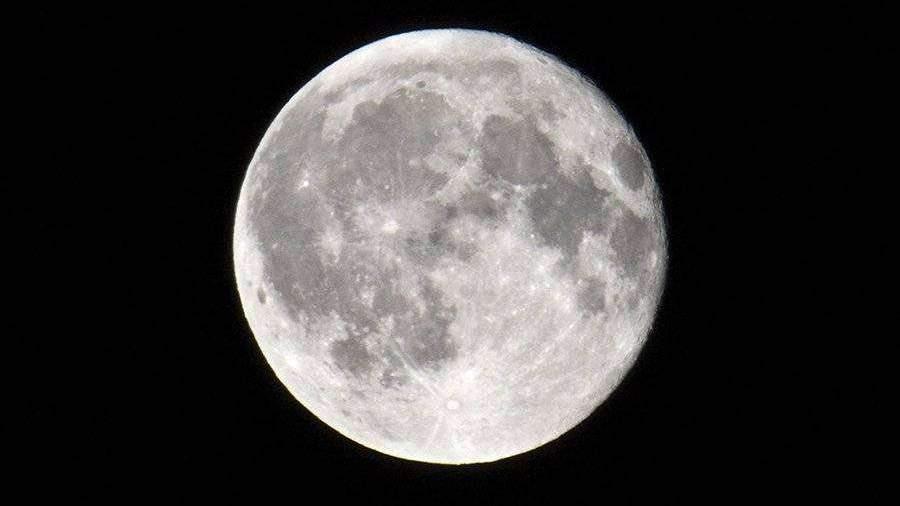 Глава РАН рассказал о важности освоения Луны
