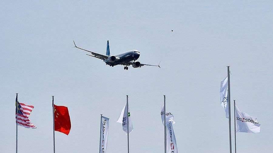 Новое ПО самолетов Boeing 737 MAX предварительно одобрили для полетов