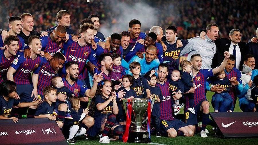 Испанская барселона футбол
