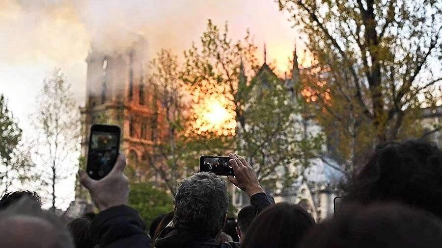 Эксперт назвал вероятную причину пожара в соборе Парижской Богоматери