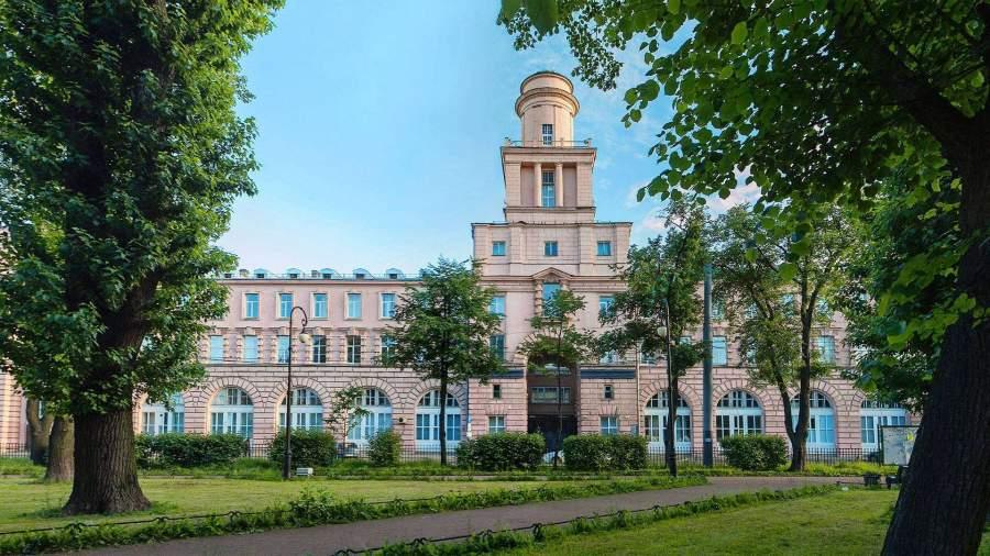 Ведущие вузы России начали поиск зарубежных преподавателей