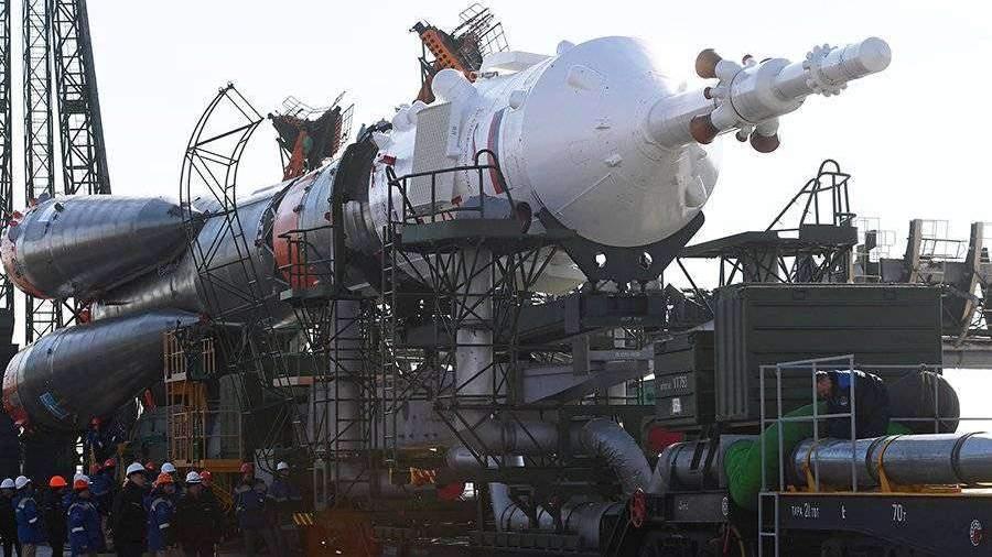 Назван срок отказа США от доставки астронавтов на МКС на «Союзах»