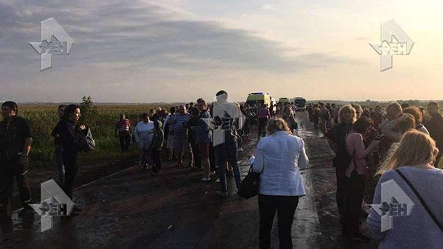 Пассажирский А321 совершил аварийную посадку в Московской области