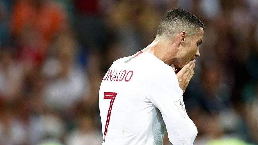 Роналду не смог сдержать слез при просмотре видео с умершим отцом