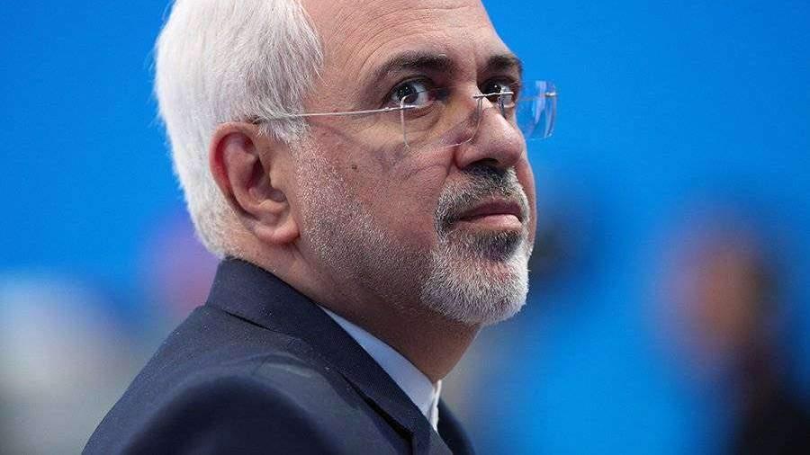 МИД Ирана объяснил атаку на американские базы в Ираке
