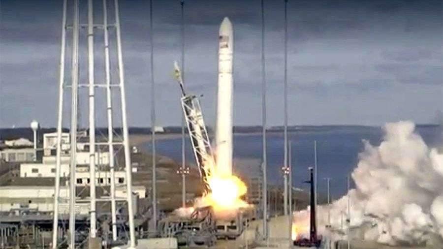 Американский космический грузовик улетел к МКС с четвертого раза