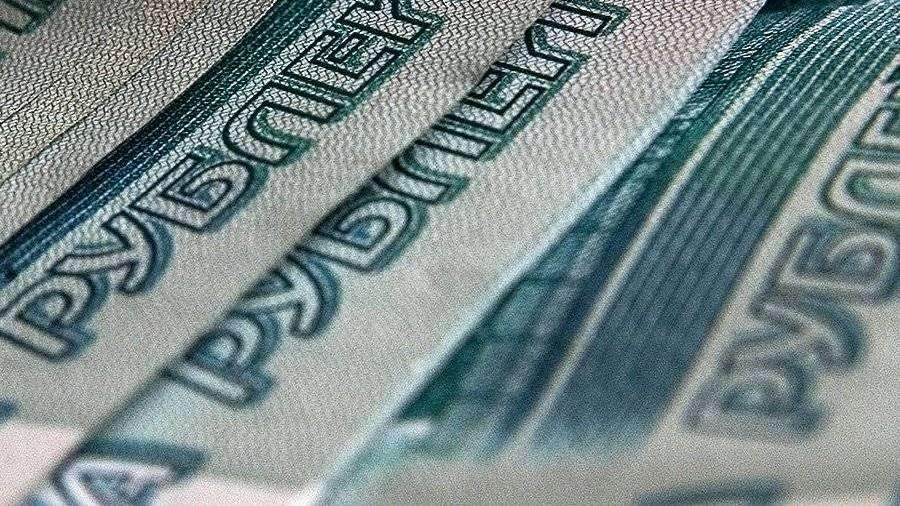 Врача из Красноярска оштрафовали на 3 млн за помощь уклонисту