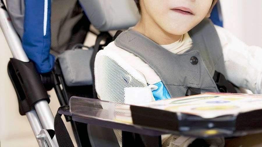 В соцзащите рассказали о семье с умершим после удара матери ребенком-инвалидом